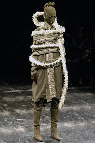 weird-fashion-01